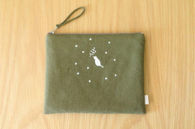 画像2: ひらつつみ(大)刺繍「雪鳥/ゆきどり」こけ色