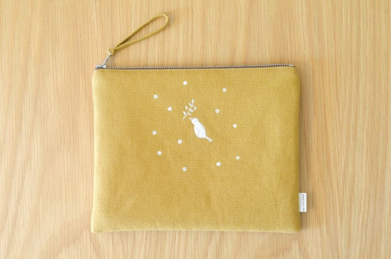 画像2: ひらつつみ(大)刺繍「雪鳥/ゆきどり」からし色