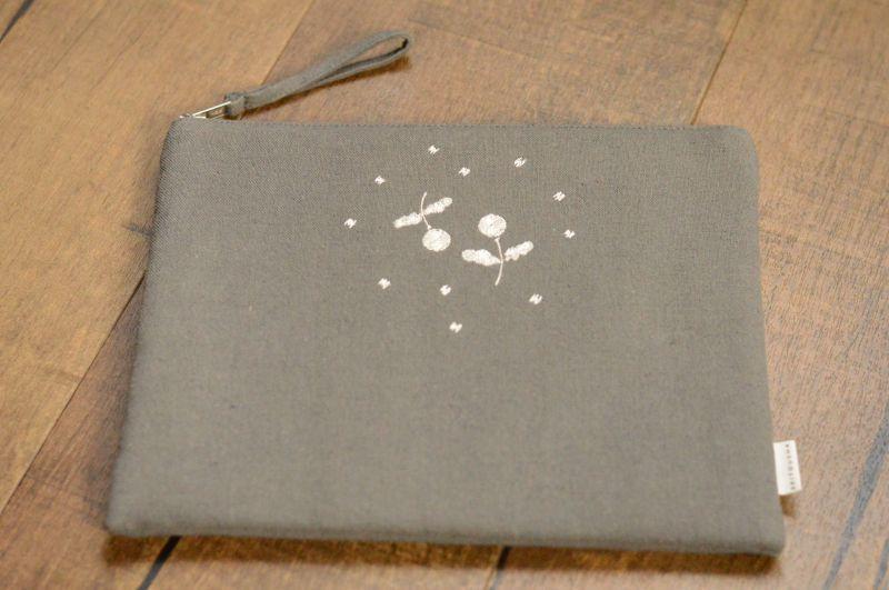 画像1: 刺繍ひらつつみ(大)「木いちご」ダスクグレー (1)